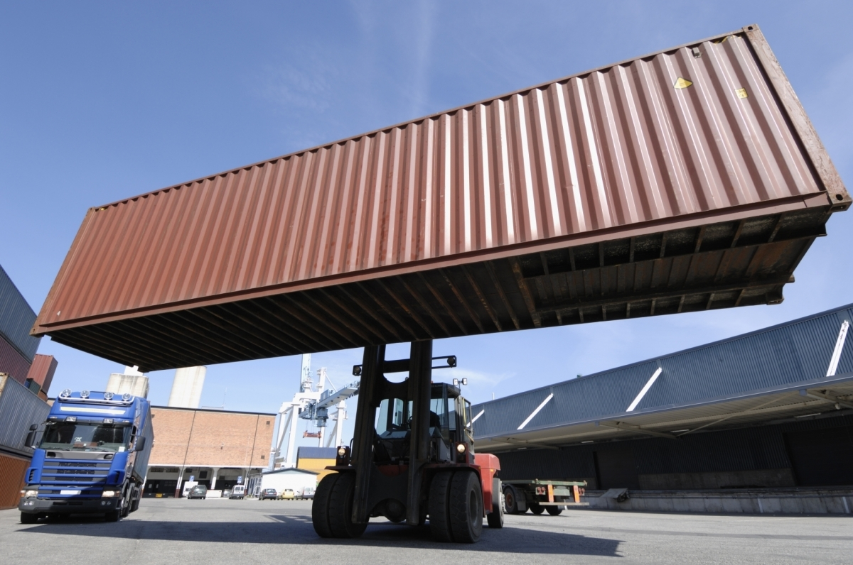 How much will shipping container with cargo by sea from China to Moscow cost 68
